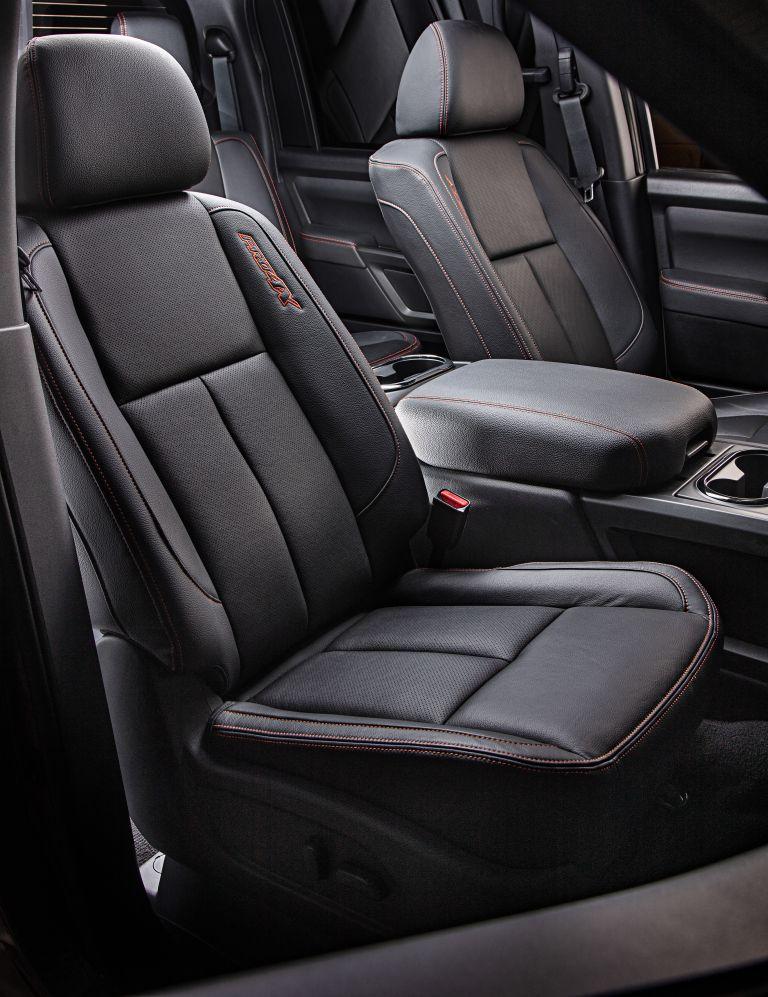 2020 Nissan Titan PRO-4X 560616