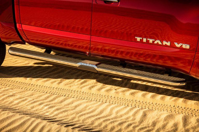 2020 Nissan Titan SL 560637