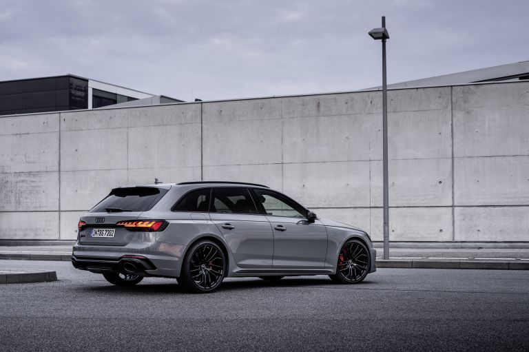 2020 Audi RS 4 Avant 585516