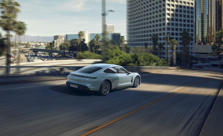 2020 Porsche Taycan 4S 564190