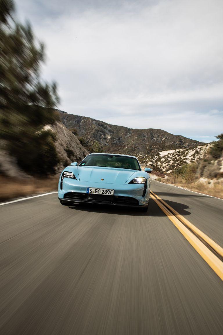 2020 Porsche Taycan 4S 570500