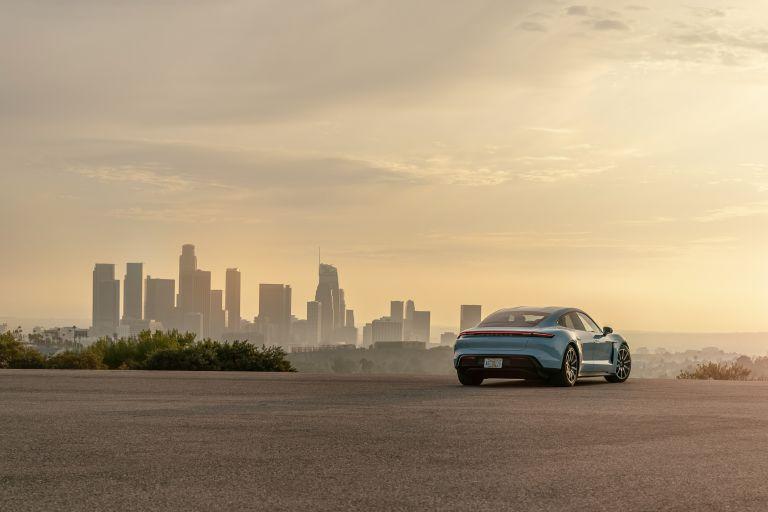 2020 Porsche Taycan 4S 570507
