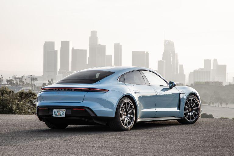 2020 Porsche Taycan 4S 570520