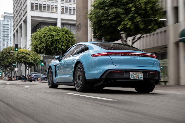 2020 Porsche Taycan 4S 570530