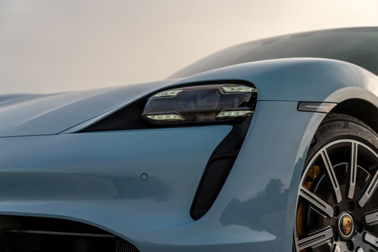 2020 Porsche Taycan 4S 570551