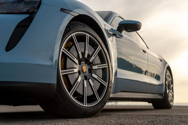 2020 Porsche Taycan 4S 570553