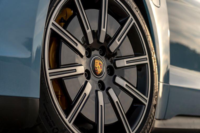 2020 Porsche Taycan 4S 570554