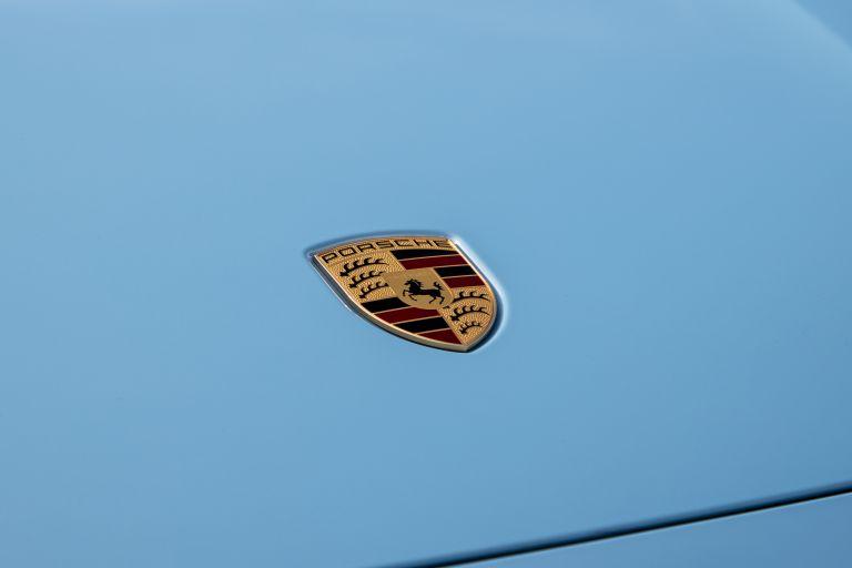 2020 Porsche Taycan 4S 570557