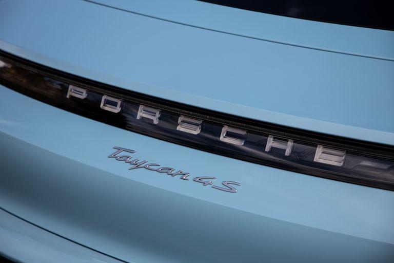 2020 Porsche Taycan 4S 570565