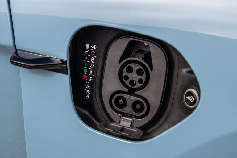 2020 Porsche Taycan 4S 570566
