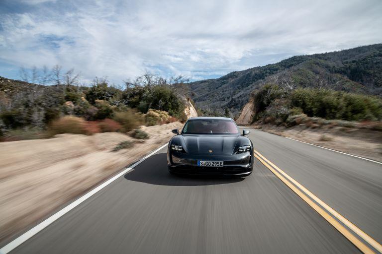 2020 Porsche Taycan 4S 570587