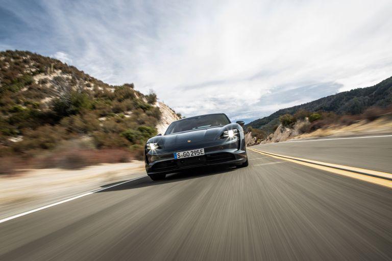 2020 Porsche Taycan 4S 570590