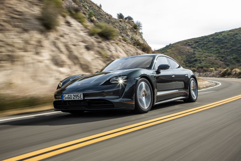 2020 Porsche Taycan 4S 570596