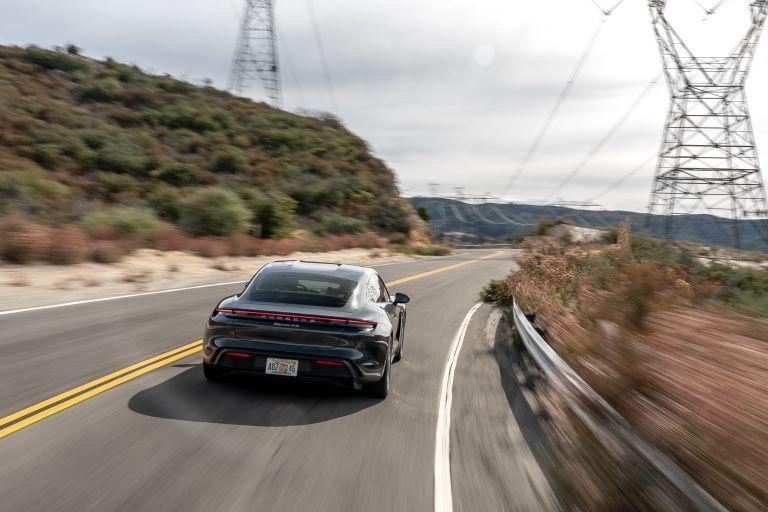 2020 Porsche Taycan 4S 570602