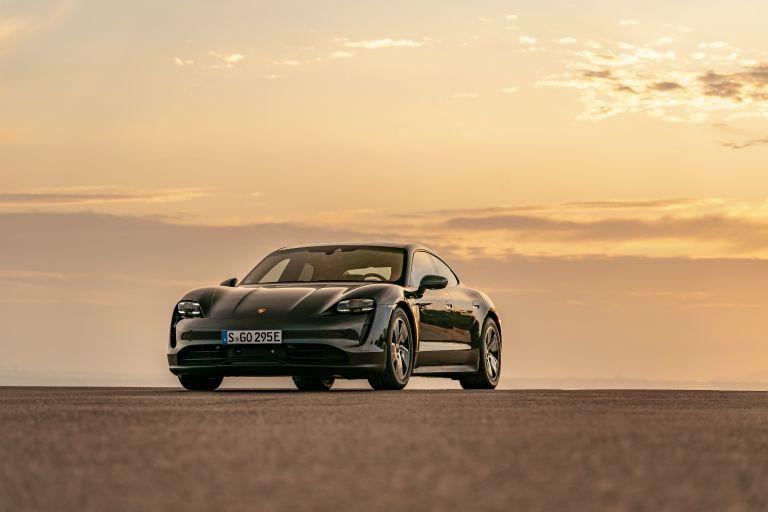 2020 Porsche Taycan 4S 570607