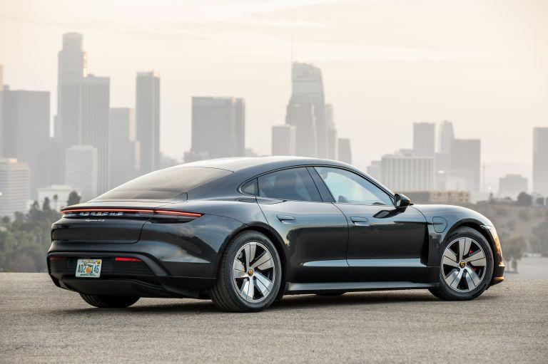 2020 Porsche Taycan 4S 570614