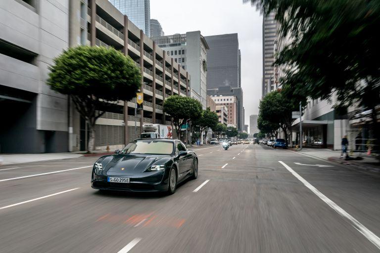2020 Porsche Taycan 4S 570620