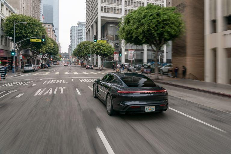 2020 Porsche Taycan 4S 570621