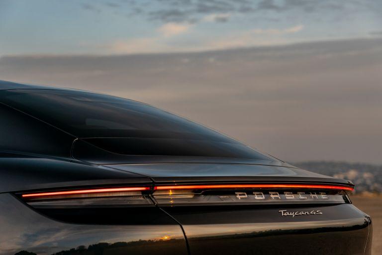 2020 Porsche Taycan 4S 570635