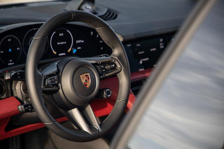 2020 Porsche Taycan 4S 570636