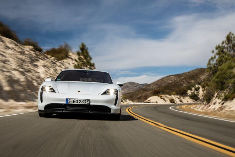 2020 Porsche Taycan 4S 570650