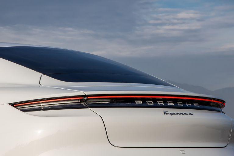 2020 Porsche Taycan 4S 570669
