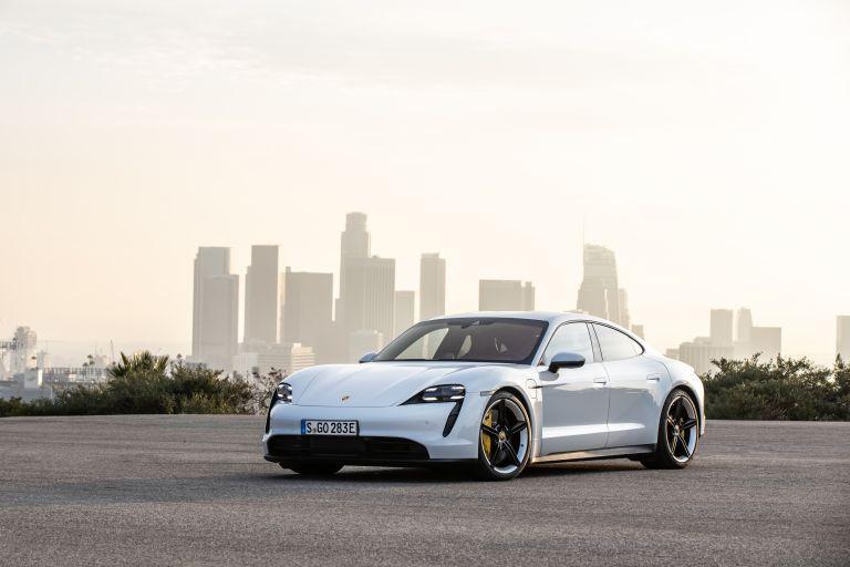2020 Porsche Taycan 4S 570678