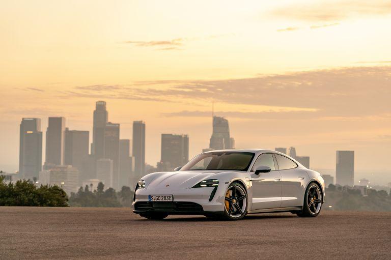 2020 Porsche Taycan 4S 570680