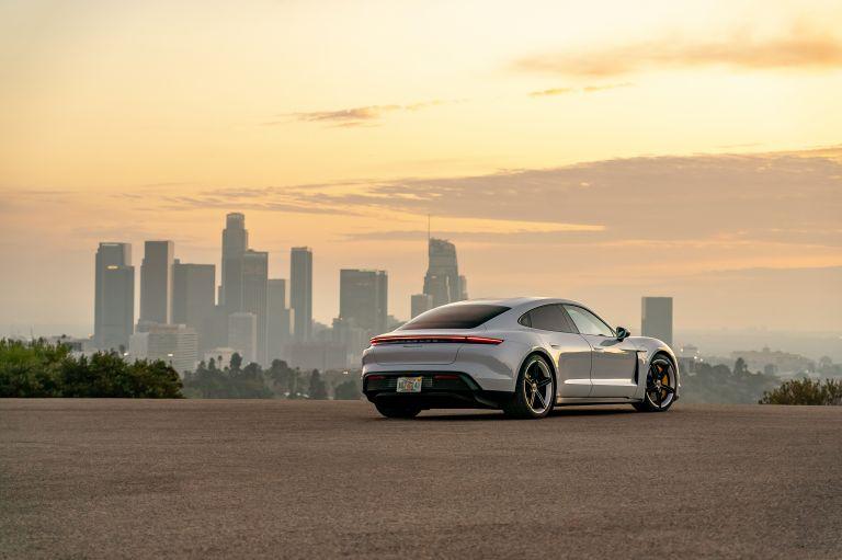 2020 Porsche Taycan 4S 570684