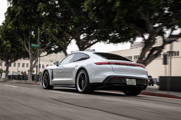 2020 Porsche Taycan 4S 570701