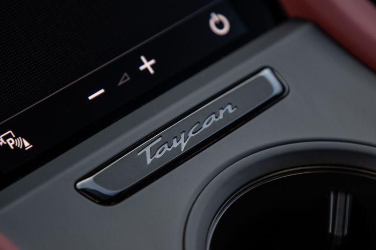 2020 Porsche Taycan 4S 570720
