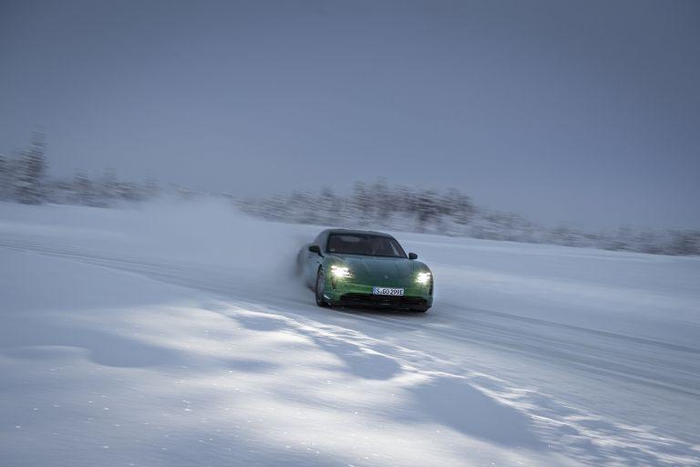 2020 Porsche Taycan 4S 570760