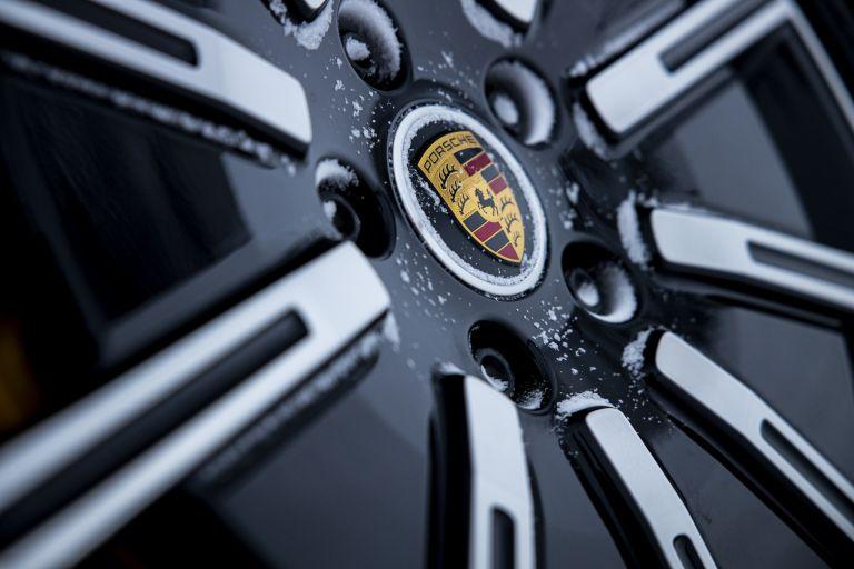 2020 Porsche Taycan 4S 570769