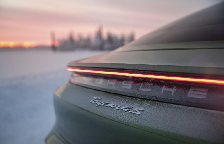 2020 Porsche Taycan 4S 570770