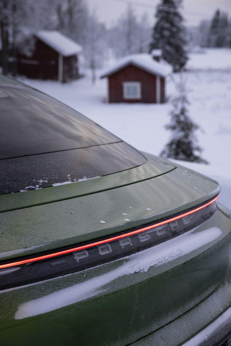 2020 Porsche Taycan 4S 570773