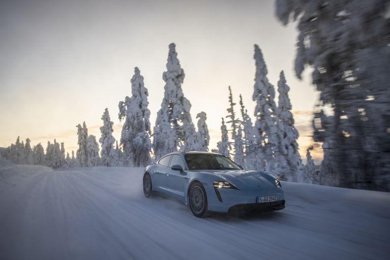 2020 Porsche Taycan 4S 570782