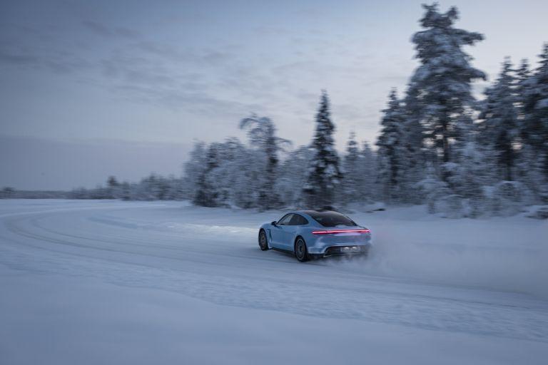 2020 Porsche Taycan 4S 570796