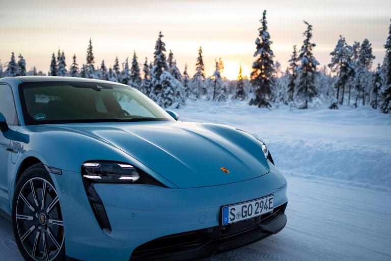 2020 Porsche Taycan 4S 570806