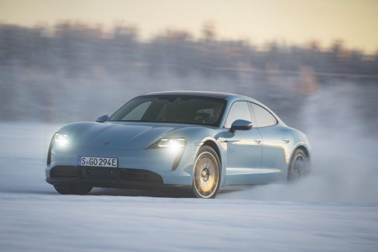 2020 Porsche Taycan 4S 570809