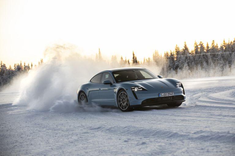 2020 Porsche Taycan 4S 570830