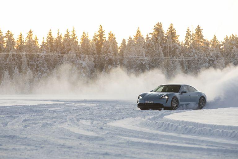 2020 Porsche Taycan 4S 570833