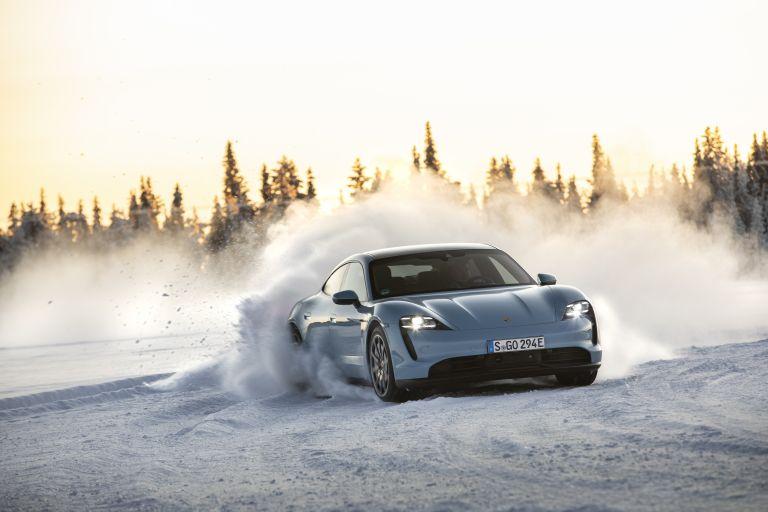 2020 Porsche Taycan 4S 570834