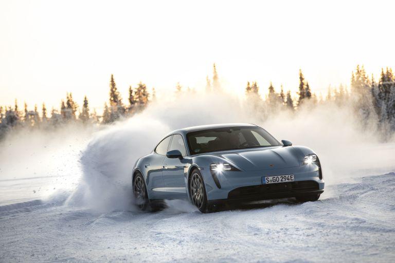 2020 Porsche Taycan 4S 570835