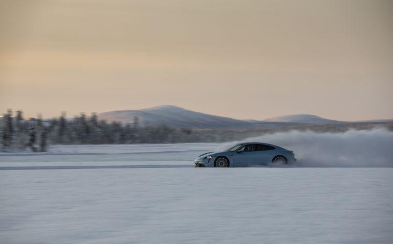 2020 Porsche Taycan 4S 570839