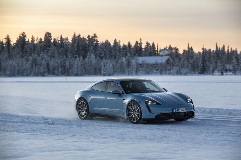 2020 Porsche Taycan 4S 570844