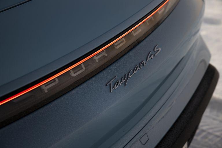 2020 Porsche Taycan 4S 570848
