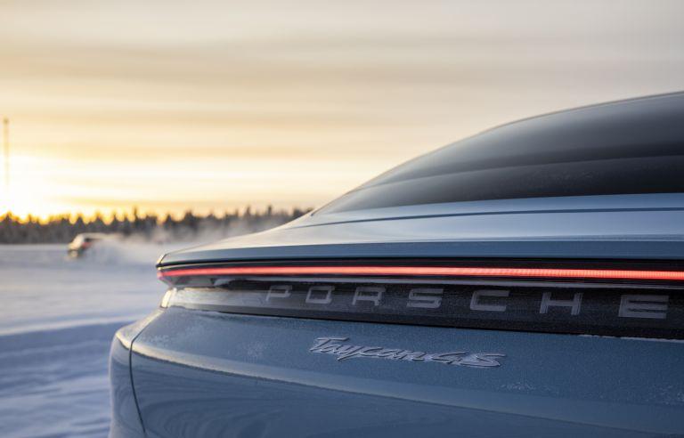 2020 Porsche Taycan 4S 570851