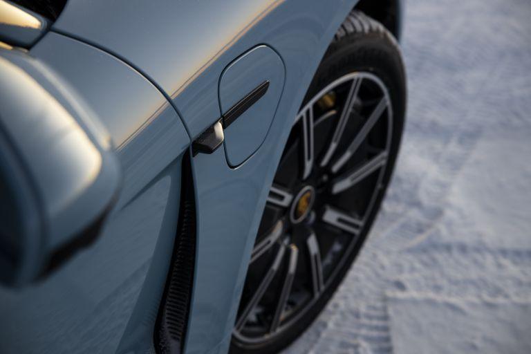 2020 Porsche Taycan 4S 570852