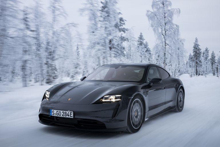 2020 Porsche Taycan 4S 570870