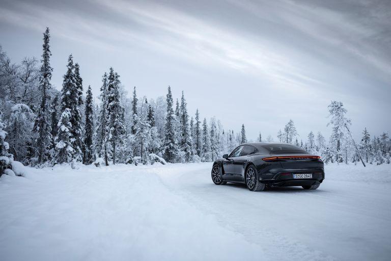 2020 Porsche Taycan 4S 570879